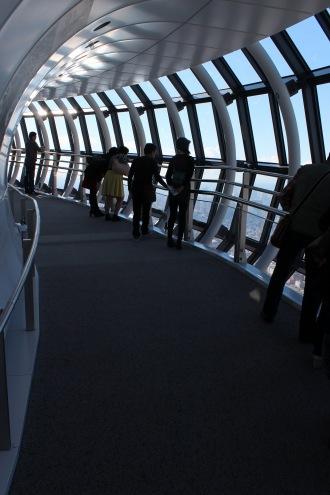 「展望回廊」のスロープ
