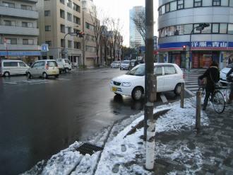 小杉御殿町交差点の雪景色