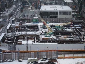 白く染まった東街区の工事現場