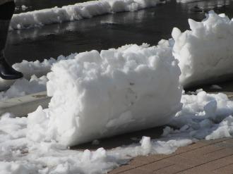 雪かきのあと