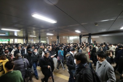 JR武蔵小杉駅の入場待機列