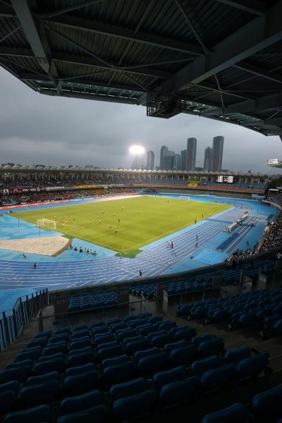 早慶サッカー定期戦が開催された等々力陸上競技場