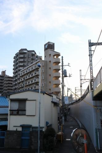 東急線沿いの「ストーク新丸子弐番館」