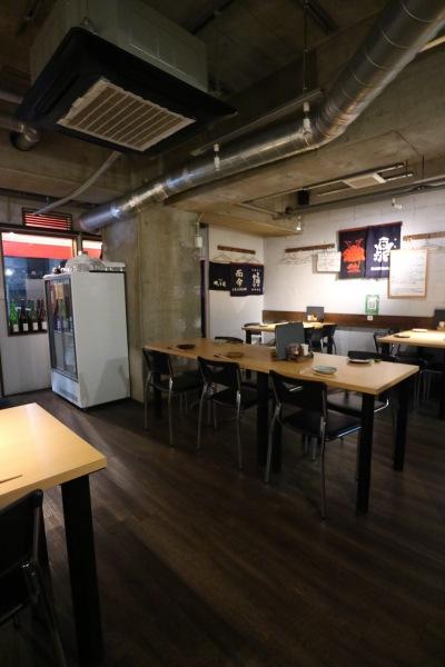 日本酒バルSuiの店内
