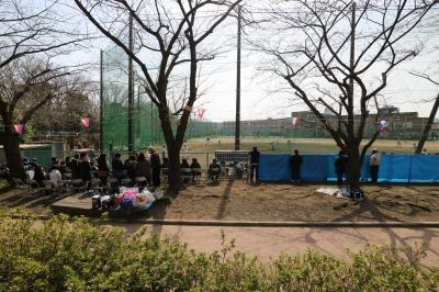 中原平和公園と住吉高等学校のグラウンド