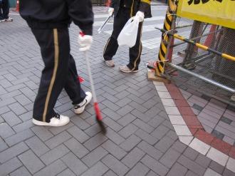 中原郵便局の皆さんによる清掃活動