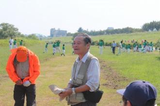 川崎自然調査団の中臣先生