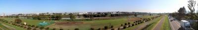 宮内歩道橋から見た多摩川パノラマ