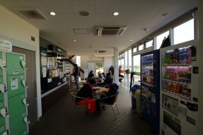 施設内の「かわさきリバーサイドカフェ」