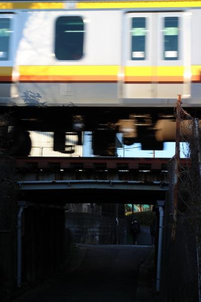 南武線下のトンネル