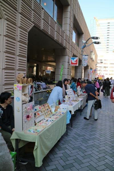 武蔵小杉駅前通り商店街の「小杉てづくり市」