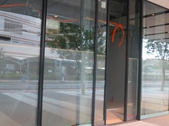 内装工事中の「セブンイレブン川崎武蔵小杉駅前」オープン予定地