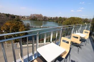 「エ プロンターレ」から見える釣り池