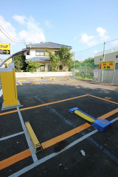 5台を収容する駐車場