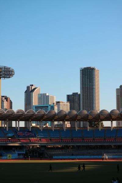 等々力陸上競技場から見える武蔵小杉の高層ビル群
