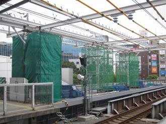 ホーム延伸部の屋根