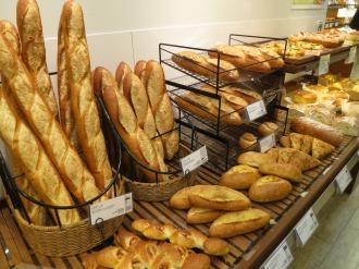 「DONQ」のパン