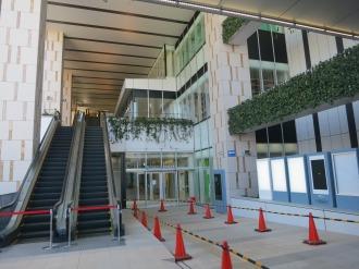 武蔵小杉東急スクエアの2階入口