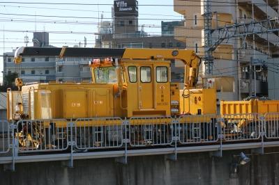 新丸子保線区のバラスト運搬車両