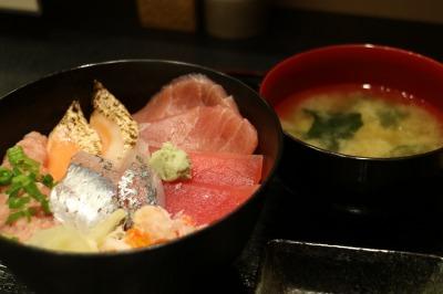 海鮮丼(梅)