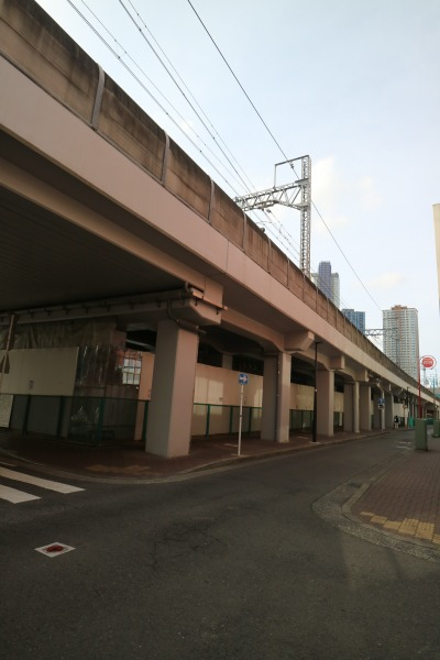 東急武蔵小杉駅~新丸子駅間の店舗開発居場所