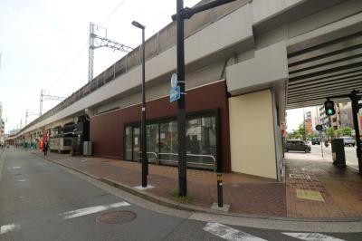 武蔵小杉駅北口のナチュラマーケットとマクドナルド跡地