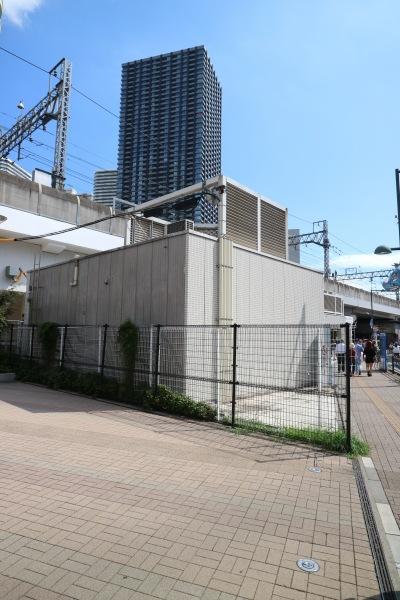 QBハウス東急武蔵小杉駅店のこすぎコアパーク側