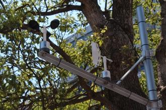 武蔵小杉タワープレイス南東の風速計