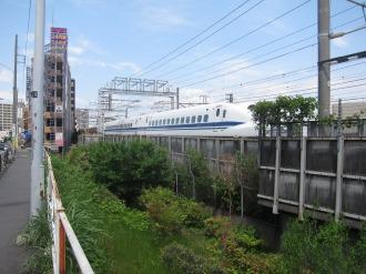 JR東海が影響を懸念した東海道新幹線と上丸子跨線橋