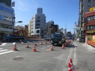 拡張された綱島街道の「櫓橋」