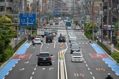 労災病院前交差点より先の自転車専用レーン未整備区間