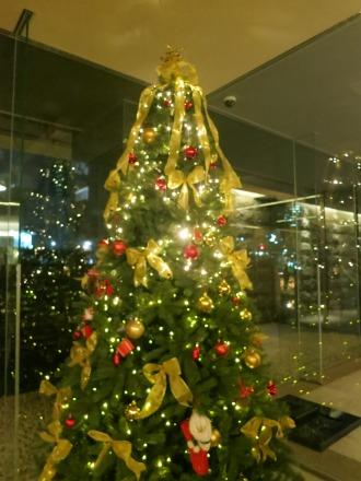 レジデンス・ザ・武蔵小杉のクリスマスツリー