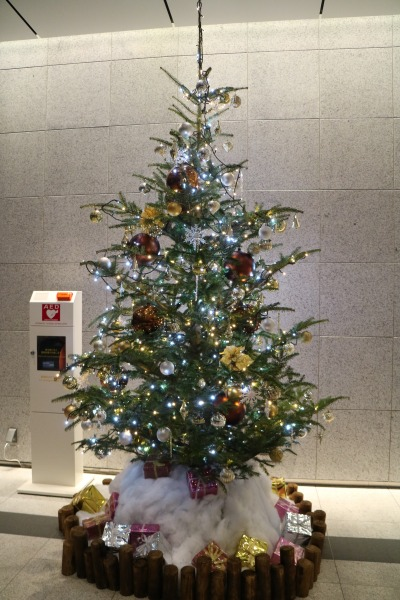 KDX武蔵小杉ビルのクリスマスツリー
