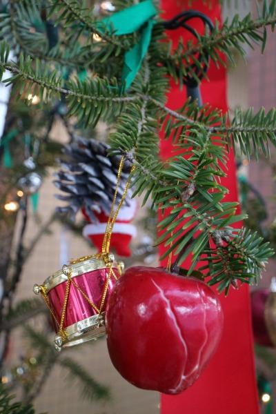 すみれ保育園のクリスマスツリー