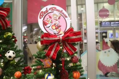NECレッドロケッツのクリスマスツリー