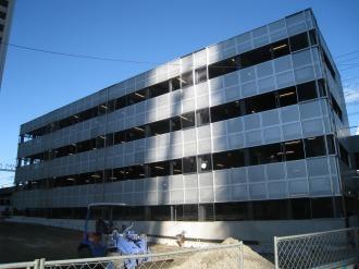 4階建て駐輪場