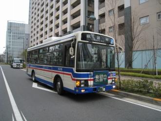 レジデンス・ザ・武蔵小杉前に停車した臨港バス