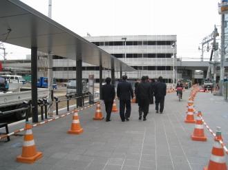 新駅ロータリーのバス停