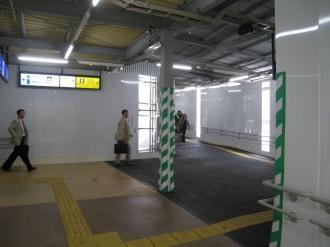 横須賀線武蔵小杉駅の連絡通路