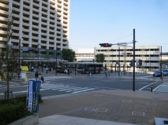 「武蔵小杉駅横須賀線口」交差点